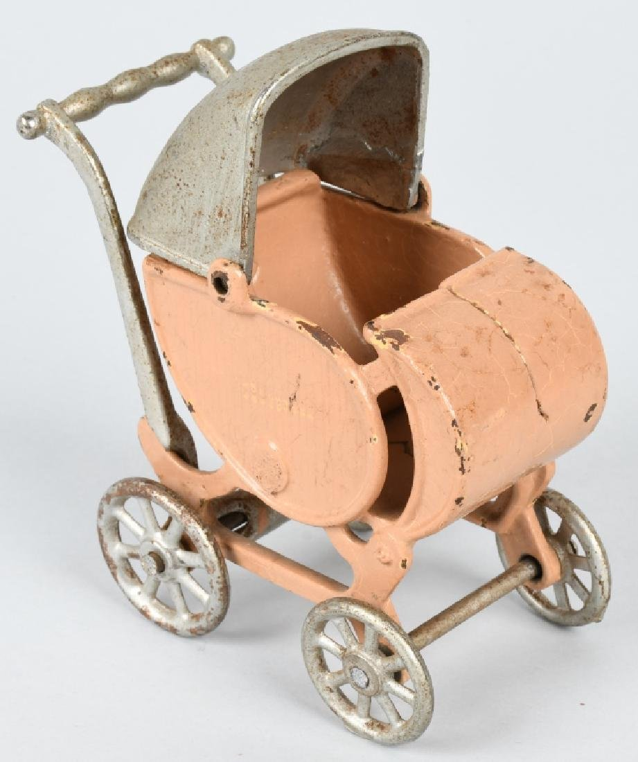 KILGORE 1930'S CAST IRON LARGE SIZE BABY CARRIAGE - 4