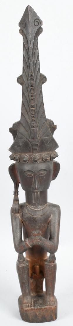 1890-1900 SUMATRA TRIBAL CHIEF WOOD STATUE