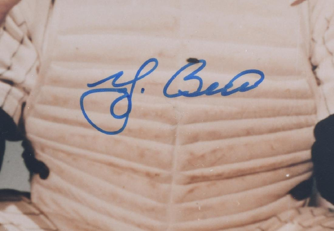 YOGI BERRA VINTAGE SIGNED COLOR 8X10 PHOTO - 2
