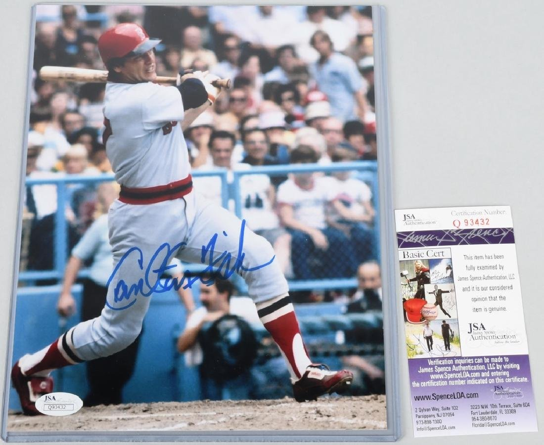 CARLTON FISK SIGNED COLOR 8X10 PHOTO