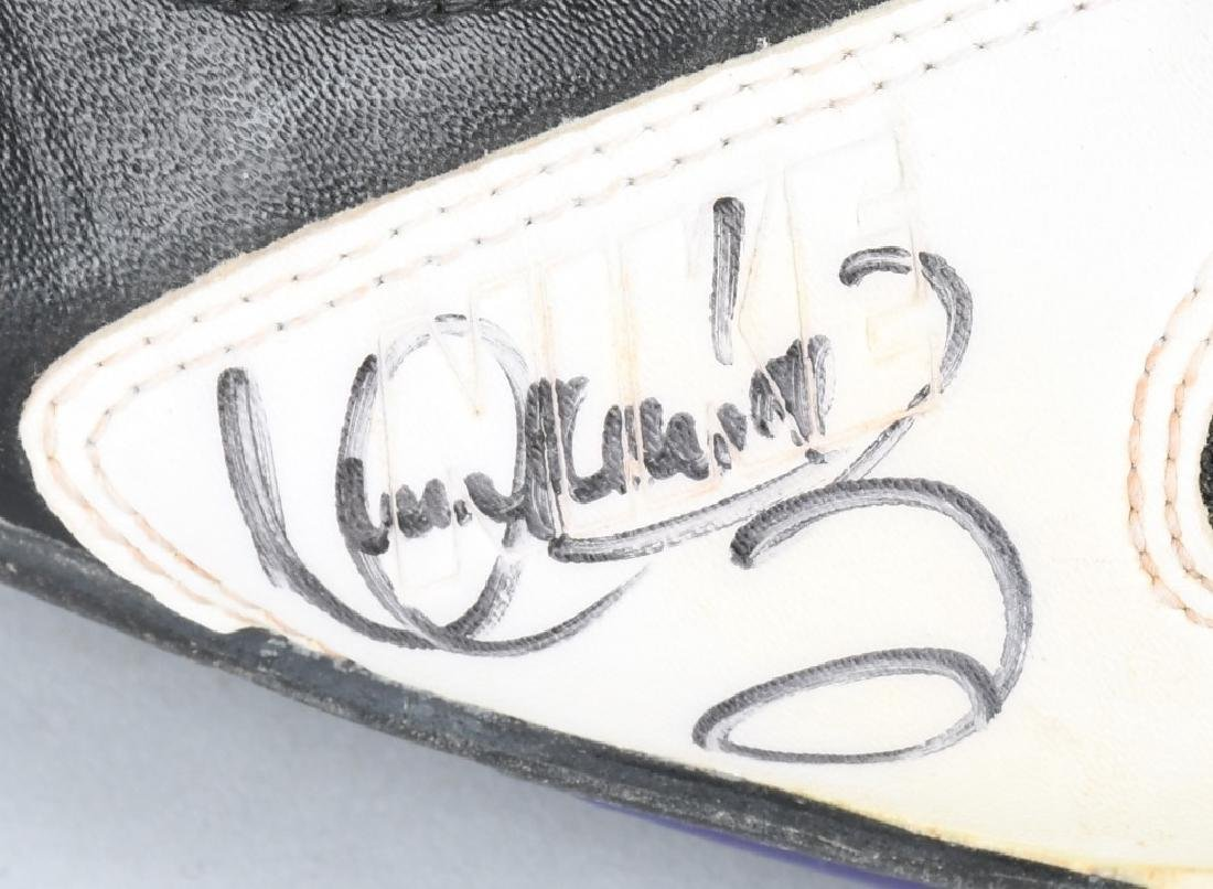 MANNY RAMIREZ NIKE AIR GAME USED SHOES - 2