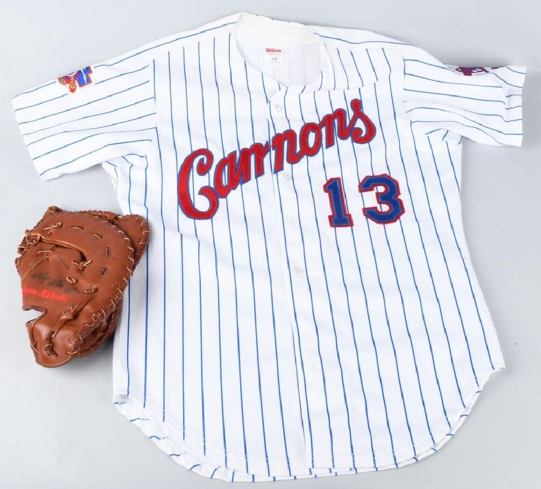 PRINCE WILLIAM CANNONS JERSEY & GLOVE - 6