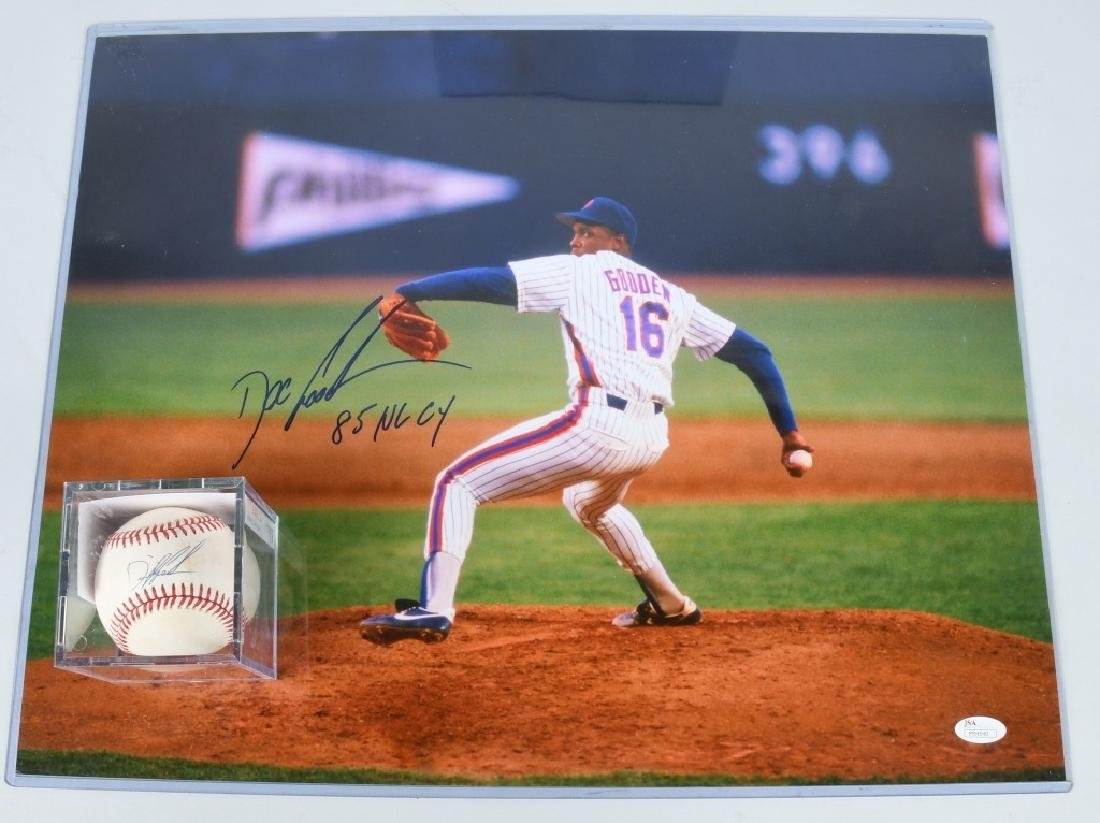 DOC GOODEN NEW YORK METS SIGNED PHOTO & BASEBALL
