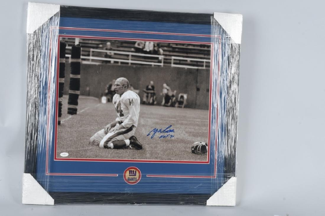 Y.A. TITTLE NEW YORK GIANTS SIGNED FOOTBALL PHOTO