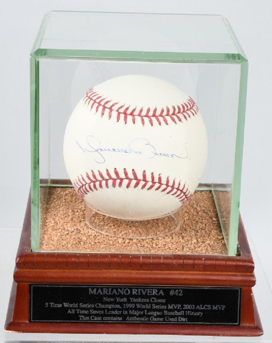 MARIANO RIVERA YANKEES SIGNED MLB BASEBALL
