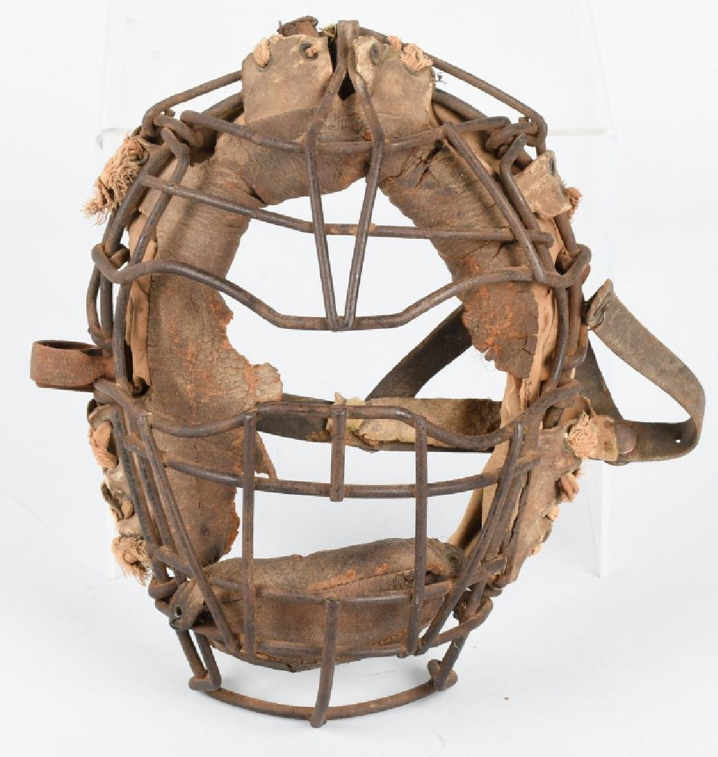 EARLY 1900s SPIDER STYLE CATCHERS MASK