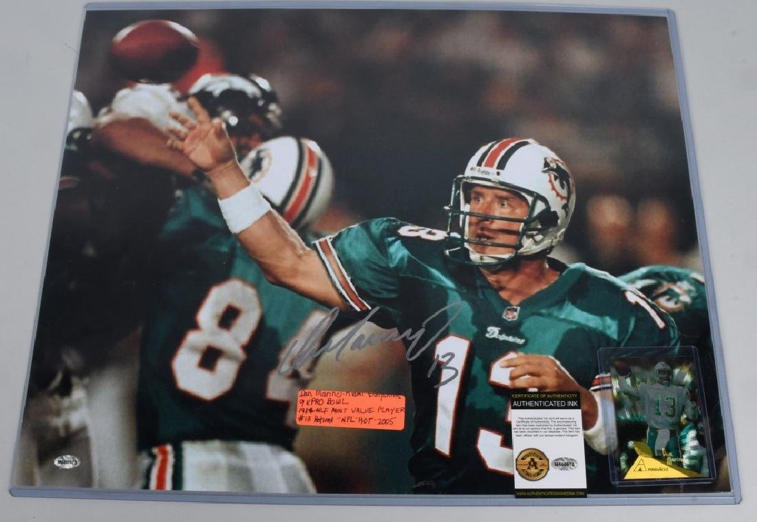 "DOLPHINS DAN MARINO AUTOGRAPHED 20""X16"" PICTURE"