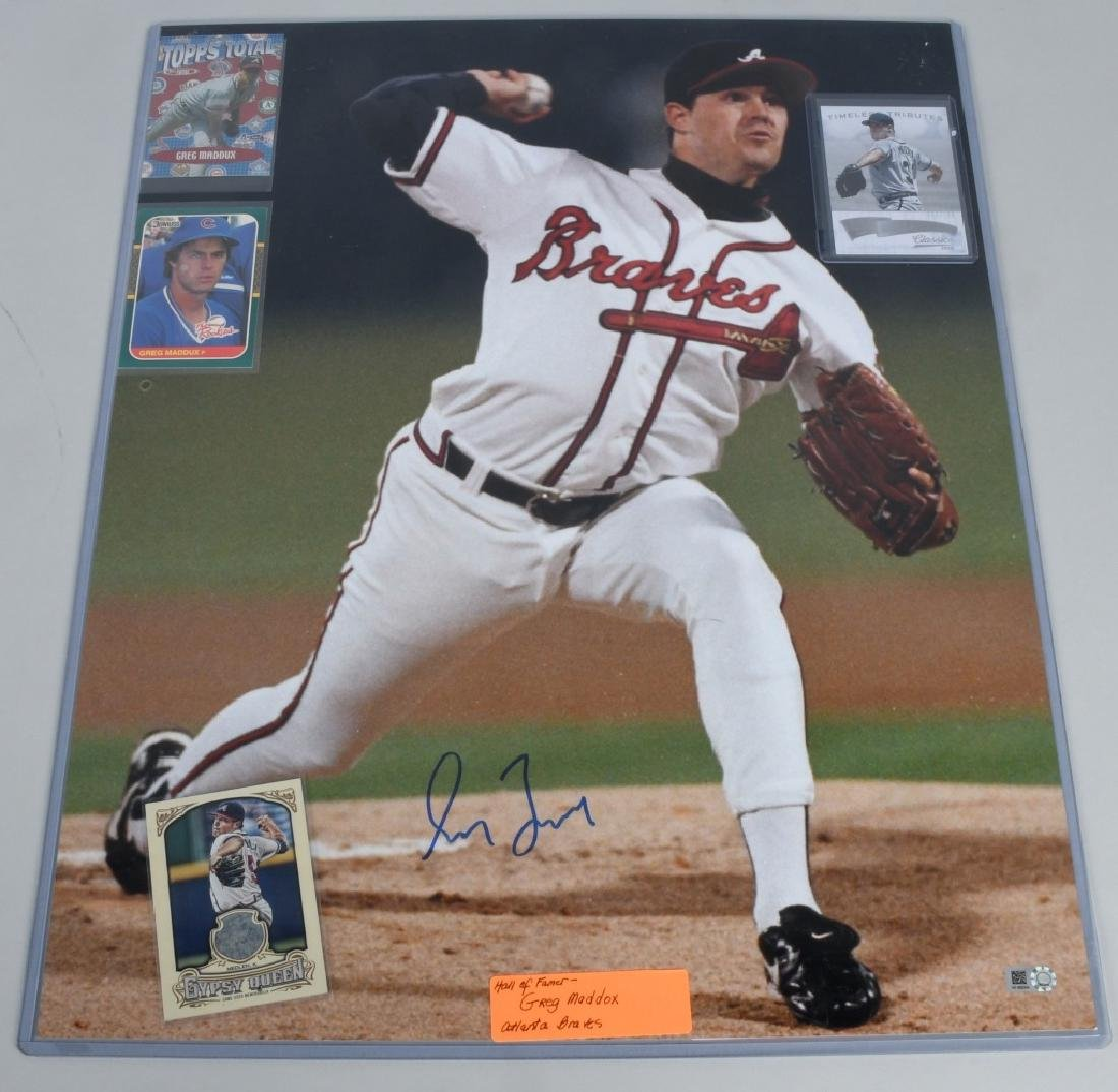 "BRAVES GREG MADDOX AUTOGRAPHED 20""X16"" PICTURE"