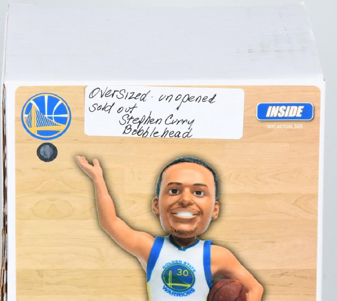 2- STEPHEN CURRY OVERSIZED BOBBLE HEADS MIB - 3
