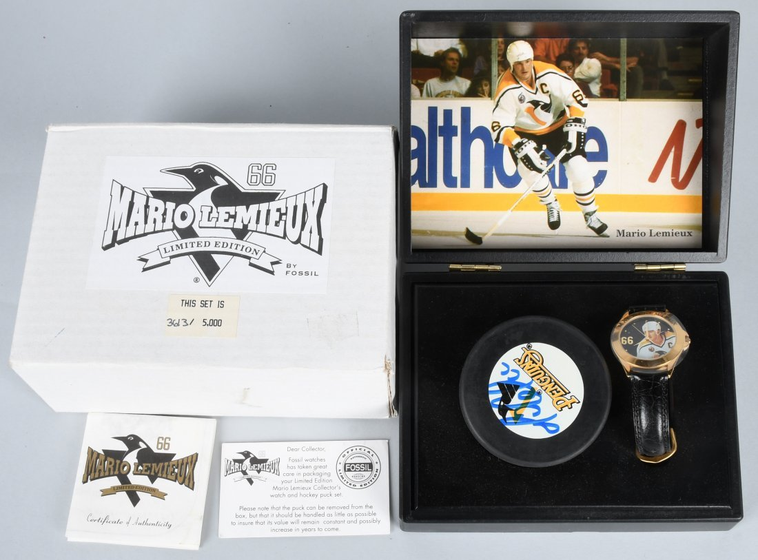 FOSSIL MARIO LEMIEUX WATCH & SIGNED PUCK MIB