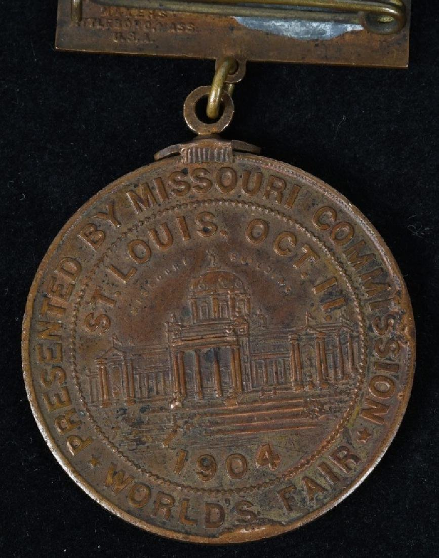 1904 ST. LOUIS WORLD'S FAIR MISSOURI DAY MEDAL - 4