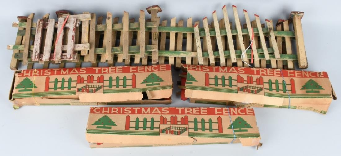 LARGE LOT of VINTAGE CHRISTMAS TREE FENCE, BOXED