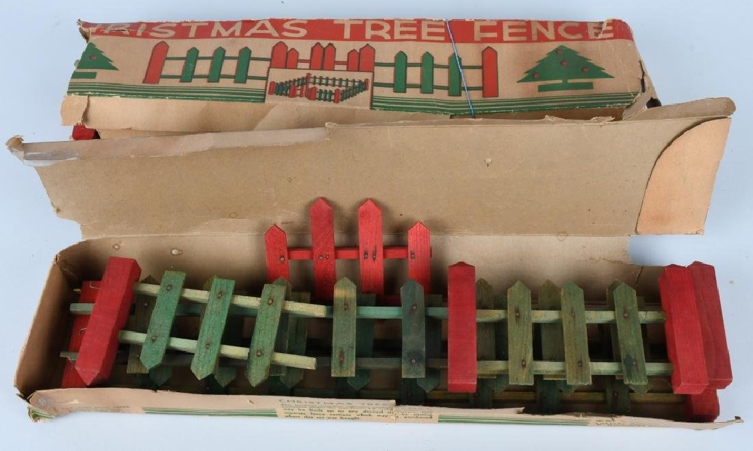LARGE LOT of VINTAGE CHRISTMAS TREE FENCE, BOXED - 3