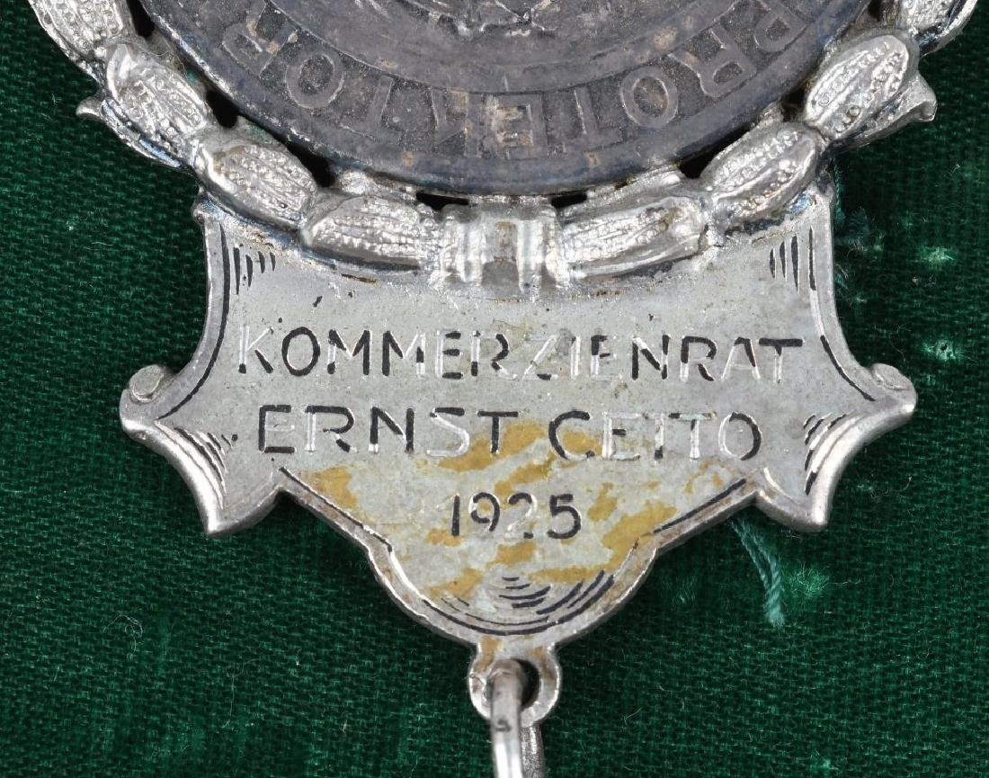 "ELABORATE GERMAN MEDAL ""DONAUHOTEL"", ERNST CETTO - 3"