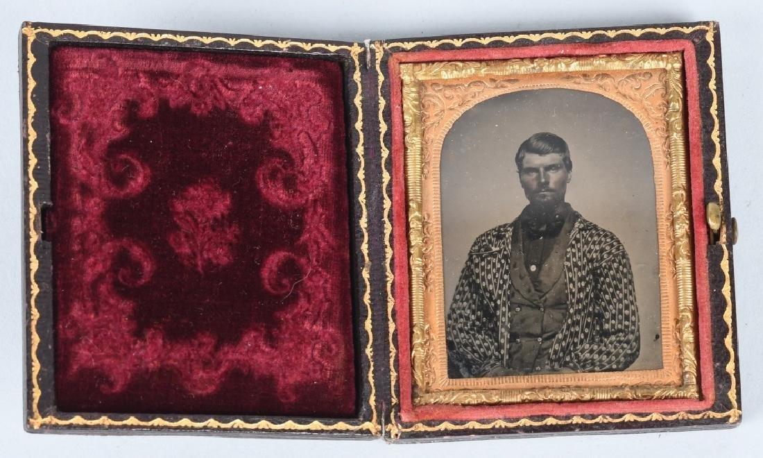 CIVIL WAR ERA 1/9TH TINTYPE MAN IN CAMP JACKET