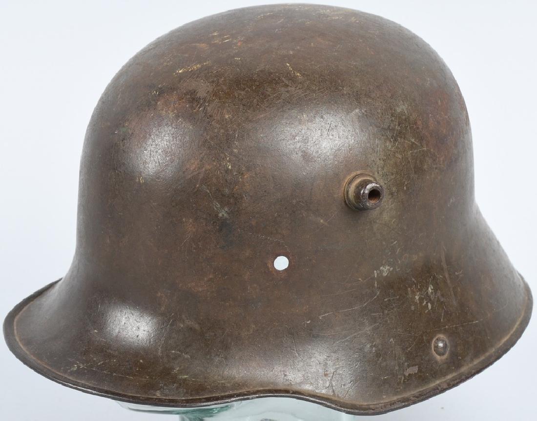IMPERIAL GERMAN WWI M-16 / M-17 COMBAT HELMET