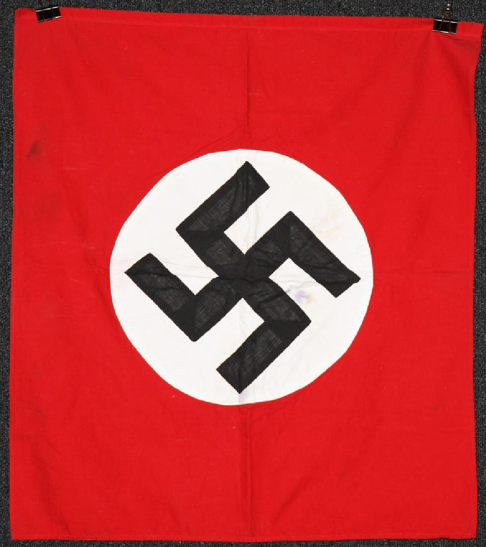 WWII NAZI GERMAN PARTY PODIUM FLAG