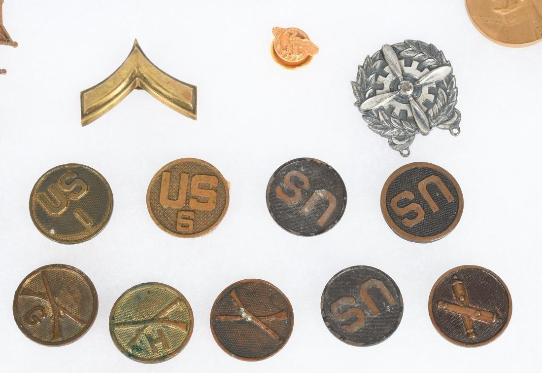 U.S. MILITARY PIN COLLAR DISC INSIGNIA LOT - 4