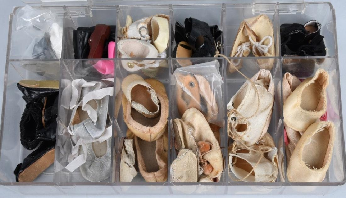 LARGE LOT of VINTAGE DOLL SHOES - 3