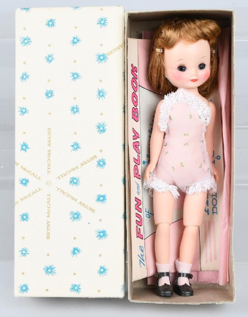 BETSY McCALL DOLL w/ ORIGINAL BOX & COMIC