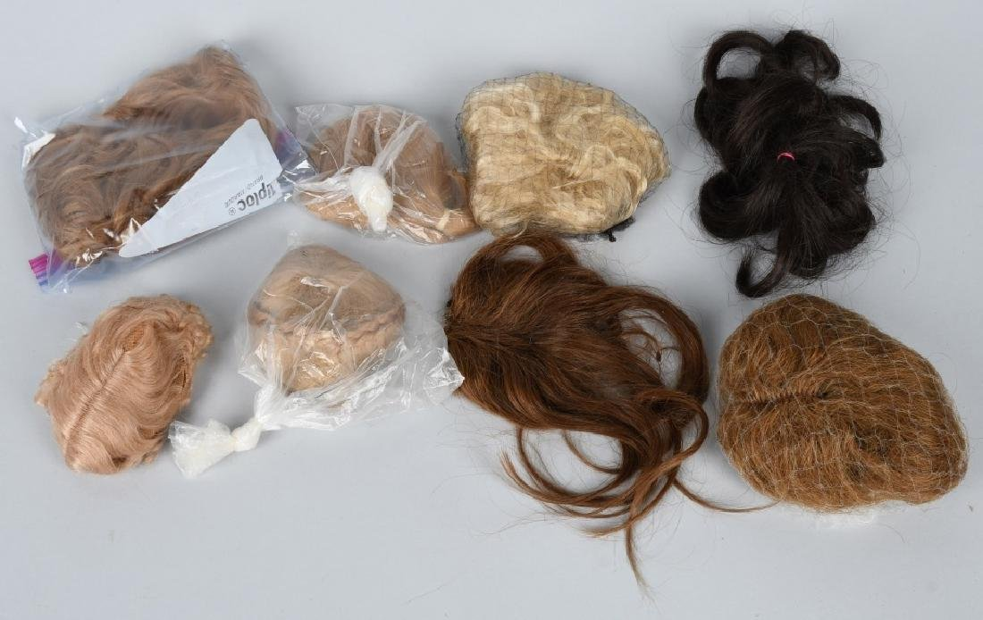 LOT of DOLL WIGS and PATES - 3