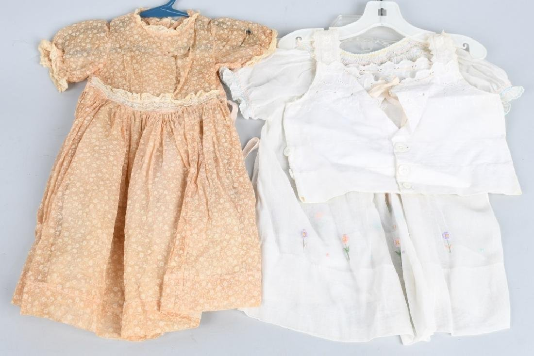 21-DOLL DRESSES and OUTFITS - 4