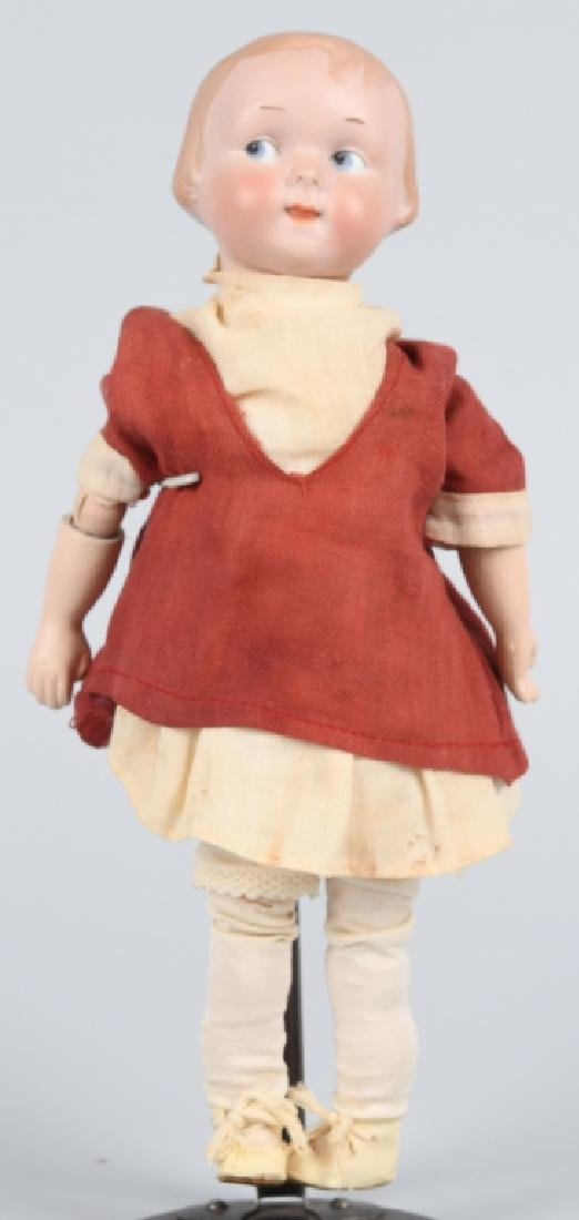 GERMAN AM GOOGLY BISQUE DOLL, MOLDED HAIR