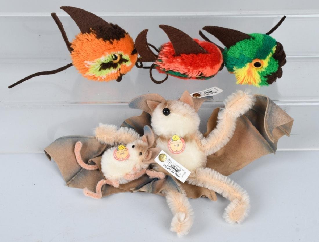 STEIFF BAT SET AND THREE WOOLEN FISH