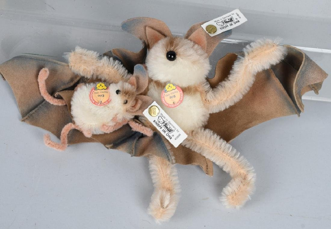 STEIFF BAT SET AND THREE WOOLEN FISH - 2