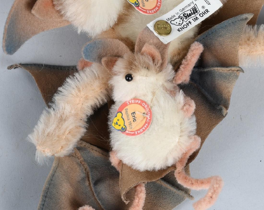 STEIFF BAT SET AND THREE WOOLEN FISH - 3