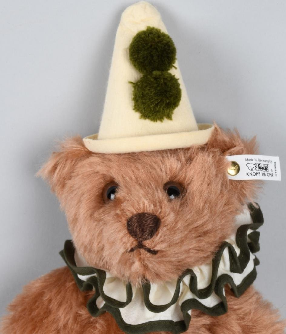 STEIFF HARRODS MUSICAL CLOWN BEAR - 2