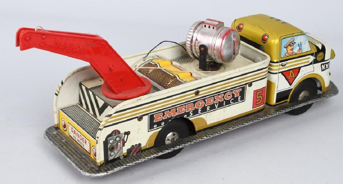MARX Friction EMERGENCY SERVICE TOW TRUCK - 3