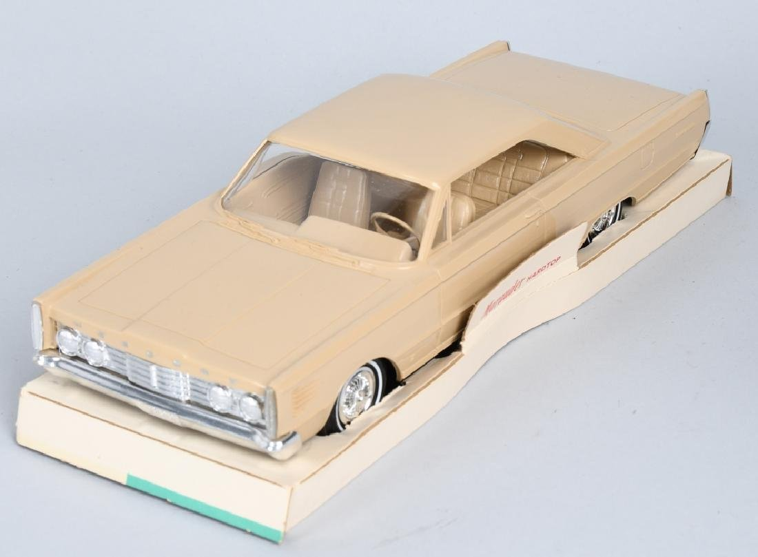 AMT 1965 MARCURY MARAUDER FRICTION PROMO CAR - 2