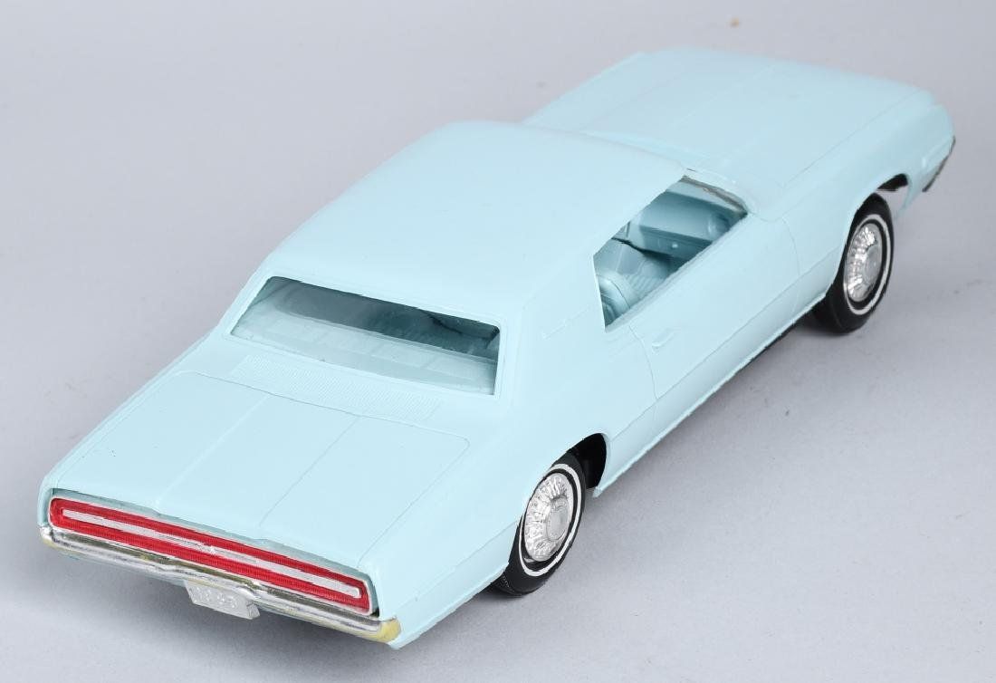 AMT 1968 FORD THUNDERBIRD w/ BOX - 3