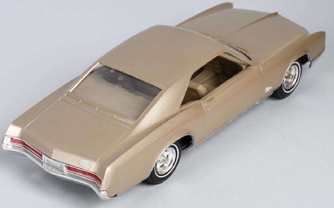 1966 RIVERA & 1959 LINCOLN PROMO CARS - 5