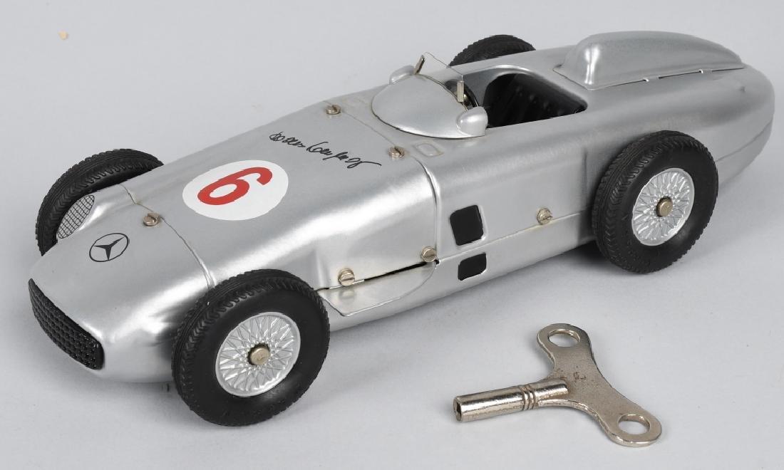 MARKLIN #1102 SILVER ARROW MERCEDES F1 RACE CAR
