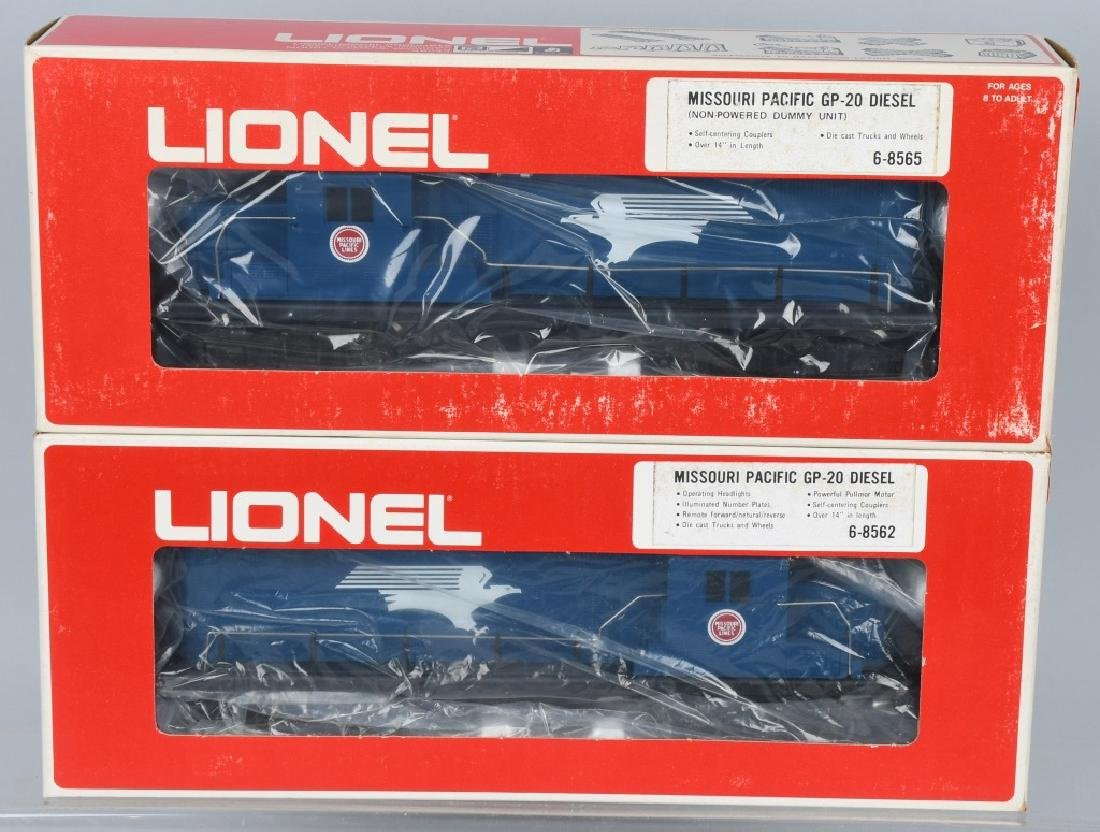 LIONEL MISSOURI PACIFIC ENGINE, 8562, 8565