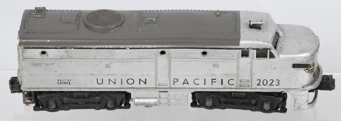 LIONEL UNION PACIFIC No. 2023 ENGINE & DUMMY - 2