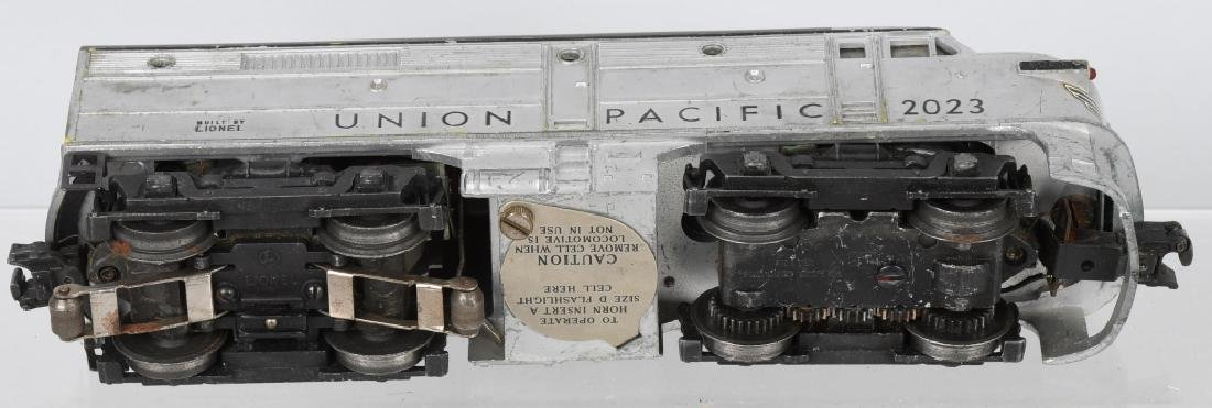 LIONEL UNION PACIFIC No. 2023 ENGINE & DUMMY - 3