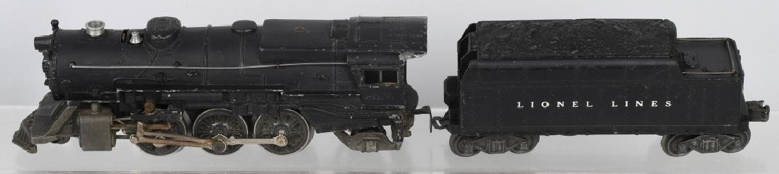 LIONEL No. 2025 ENGINE & 6466WX TENDER
