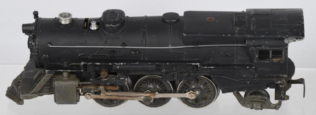 LIONEL No. 2025 ENGINE & 6466WX TENDER - 2
