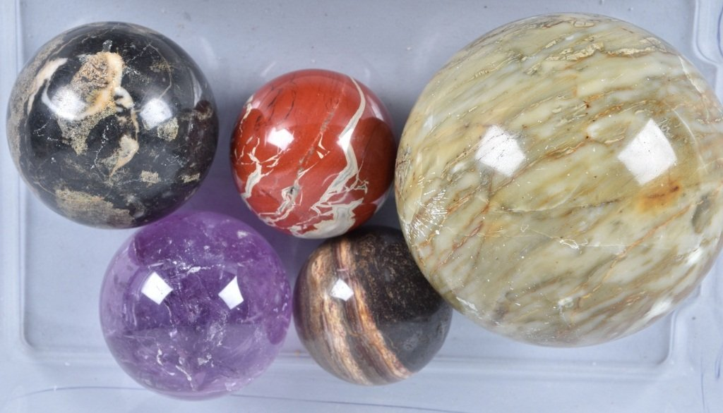 LARGE LOT OF CARPET BALL MARBLES - 2