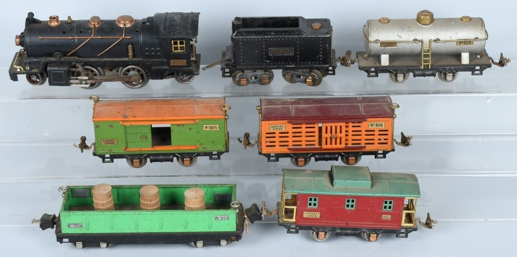 LIONEL O GAUGE 262 ENGINE & 5 FREIGHT CARS