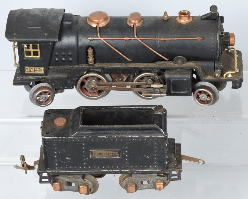 LIONEL O GAUGE 262 ENGINE & 5 FREIGHT CARS - 2