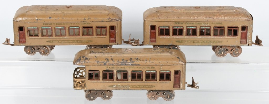 LIONEL O GAUGE #257 ENGINE & 3 PASSENGER CARS - 5