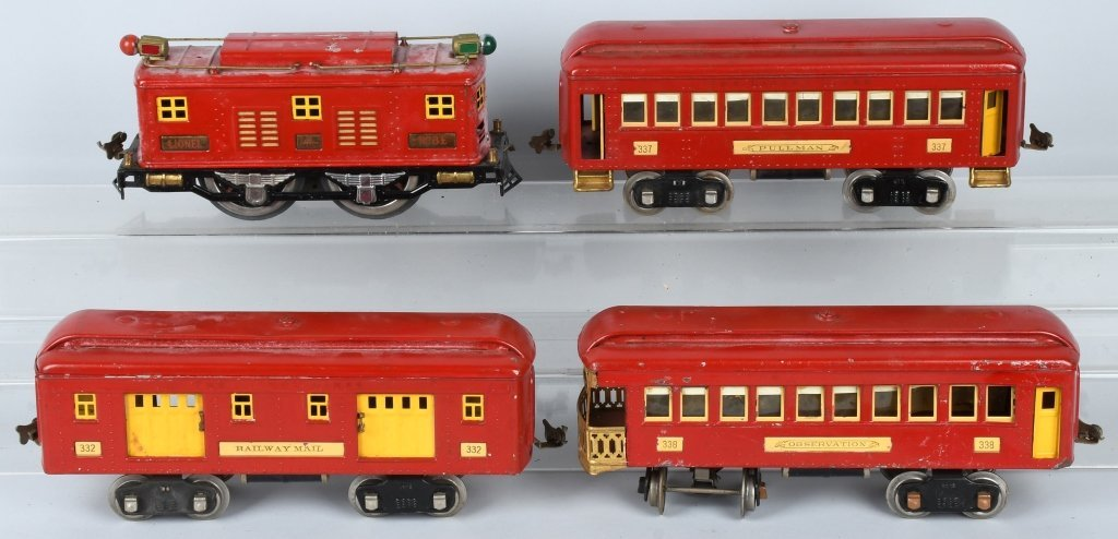 LIONEL STANDARD GAUGE #8E ENGINE & 5 CARS