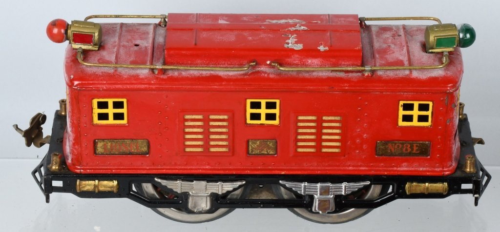 LIONEL STANDARD GAUGE #8E ENGINE & 5 CARS - 2