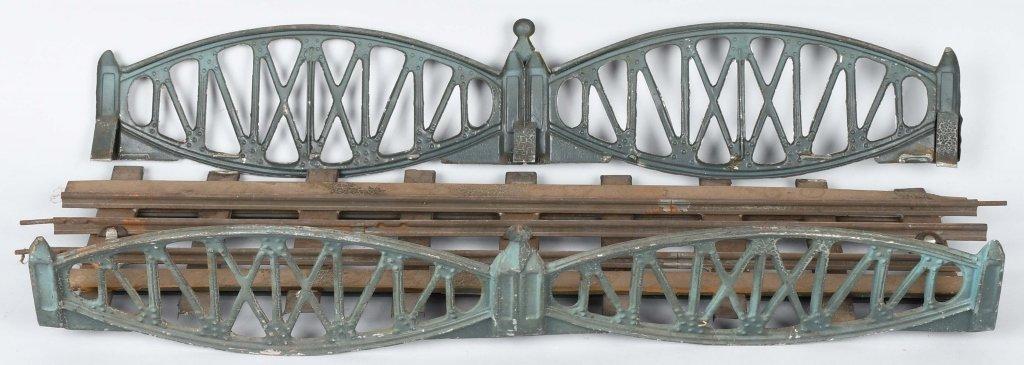 LIONEL PREWAR SIGNAL BRIDGE, SWITCHES, & BRIDGE - 2