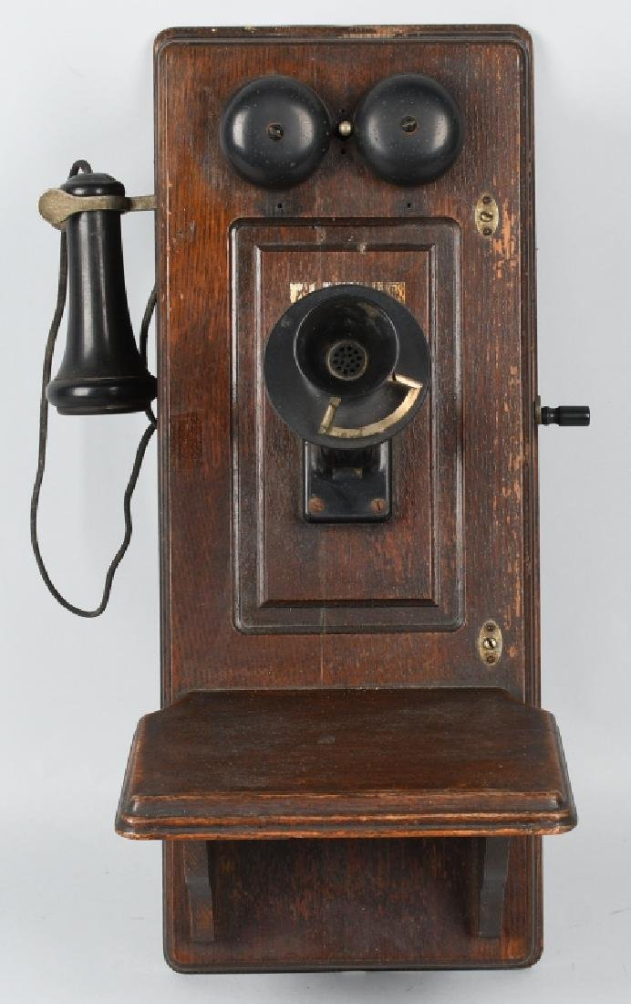 ANTIQUE KELLOGG OAK HAND CRANK TELEPHONE