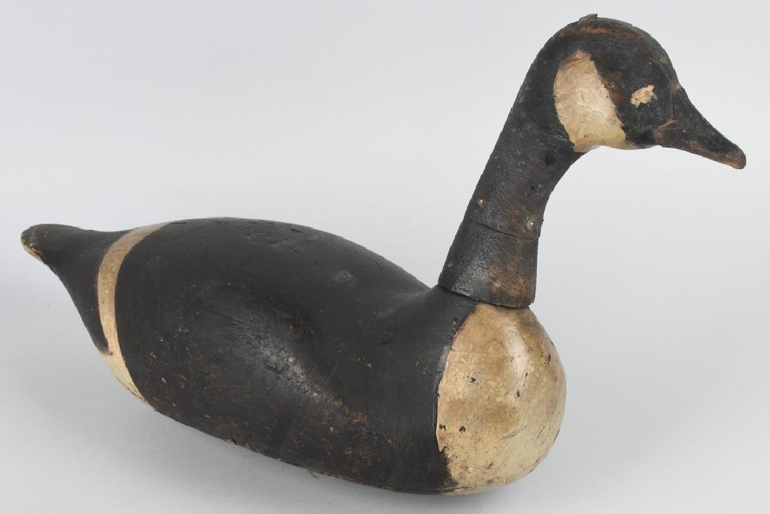 CANADIAN GOOSE HUNTING DECOY MARKED U.S. - S.S. - 5